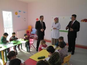 suriyeli çocuklara eğitim