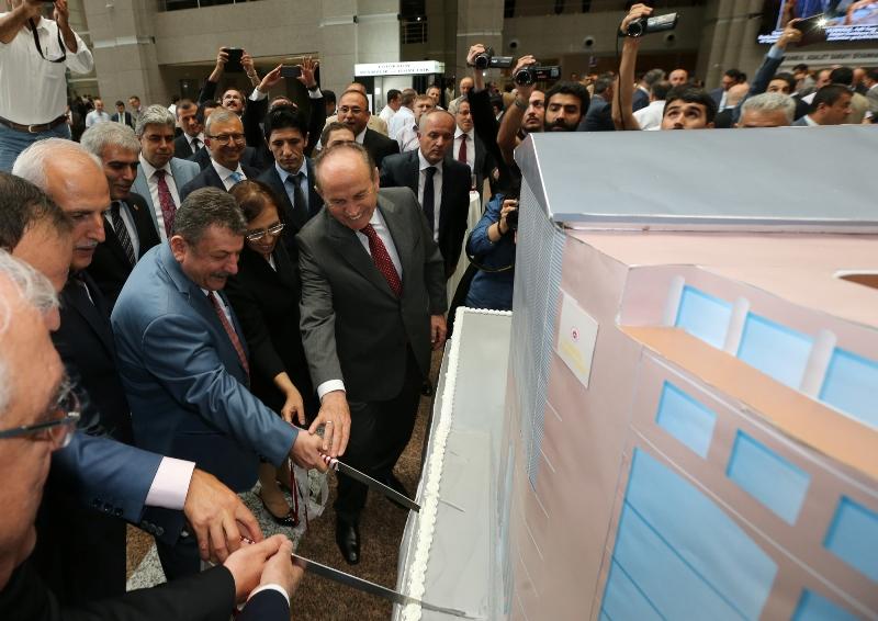 istanbul adalet sarayı kadir topbaş