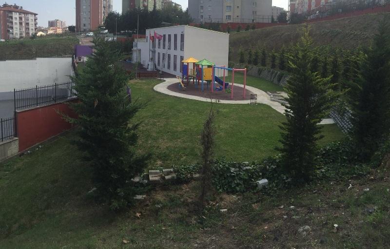 Hamidiye Anaokulu Bahçesi