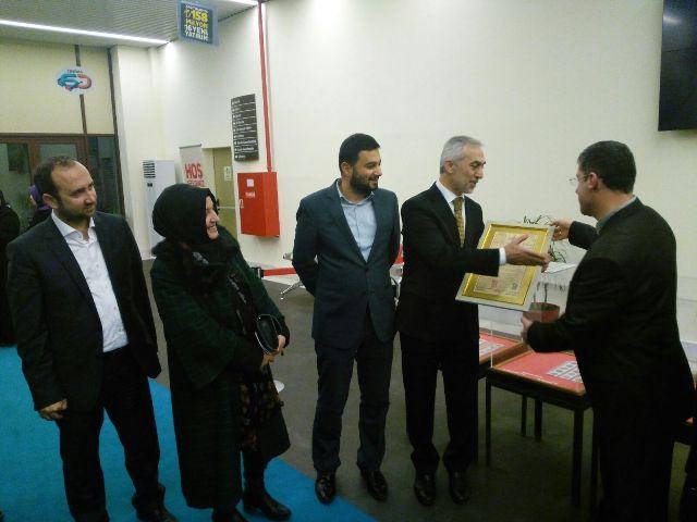 Gültepe Kültür Merkezi Numismatik Sergi Fazlı Kılıç'a Hediye