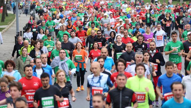 Kıtalararası Avrasya Maratonu koşuldu