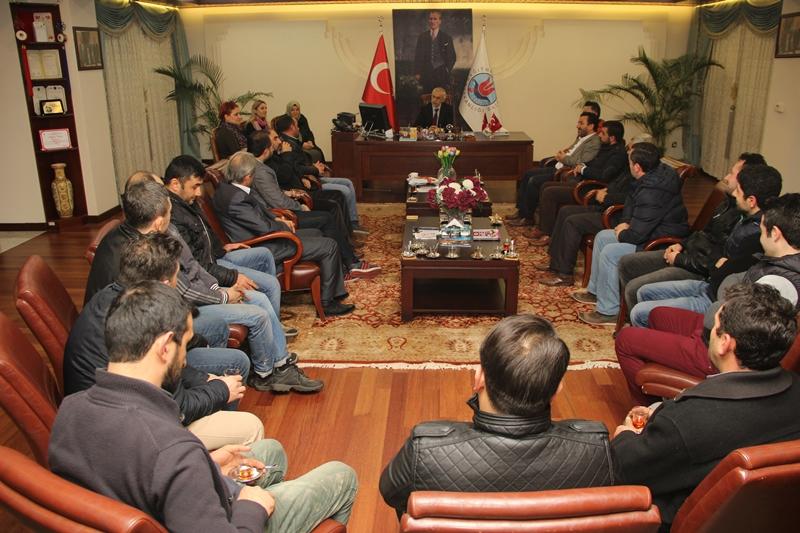 Mehmet Akif Ersoy Mahallesi Esnafları Başkan Kılıç'ı Ziyaret Etti