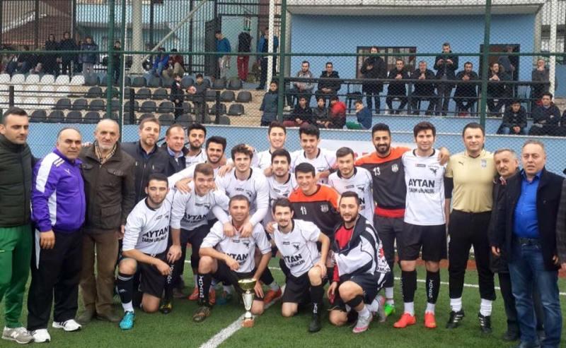 Şampiyon Yahya Kemalspor