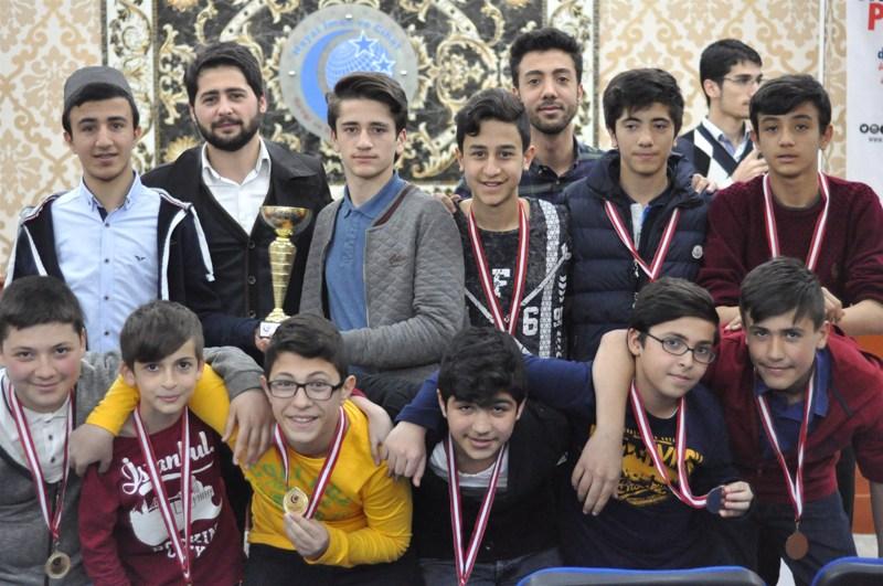 Kağıthane AGD Ortaokullar Futbol Turnuvası Madalya verildi