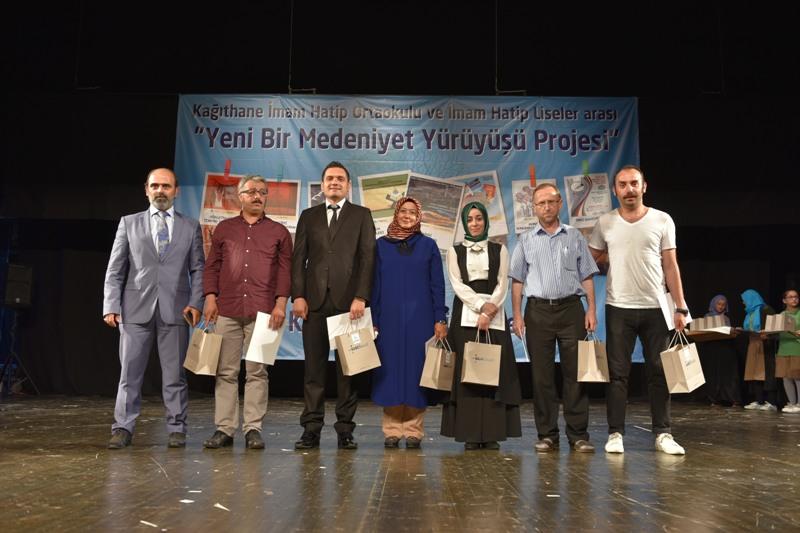 Yeni Bir Medeniyet Yürüyüşü Kapanış Töreni Ensar Vakfı Kağıthane Başkanı Aziz Gündoğdu