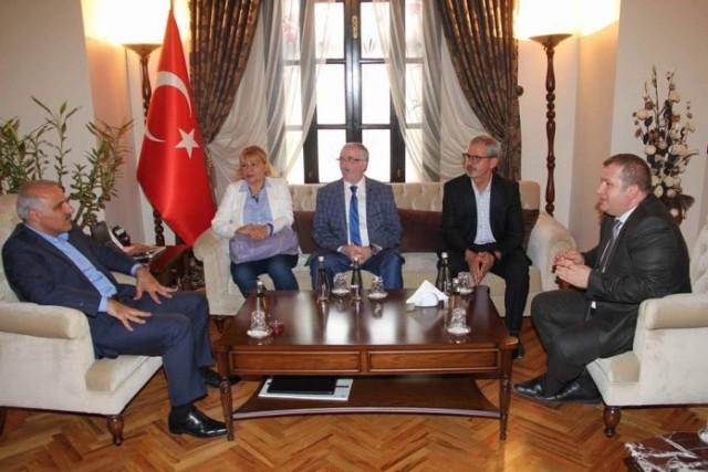 İstanbul Muhtarları Dayanışma Derneğinden Elazığ Valisine Ziyaret