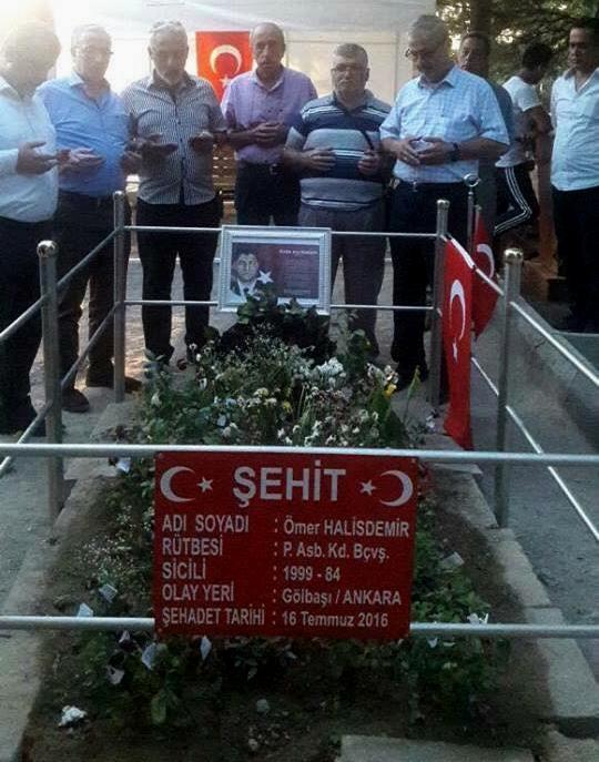 Şehit Astsubay Ömer Halisdemir Kabri
