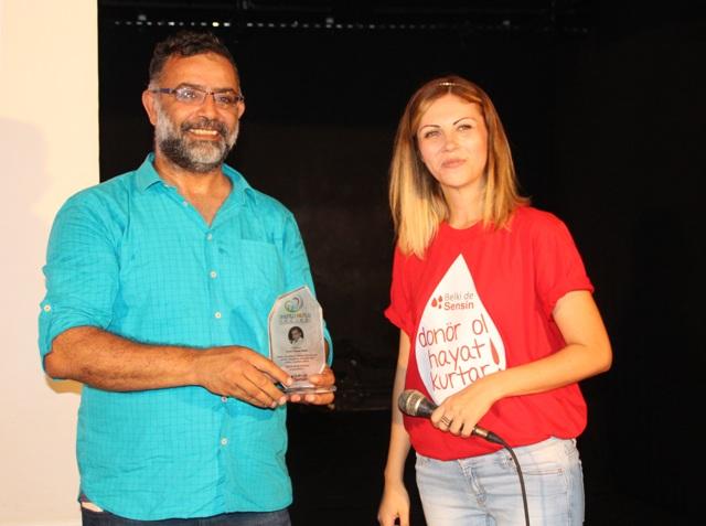 Kırmızı Bülten Gazetesinden Mehmet Remzi Tanış