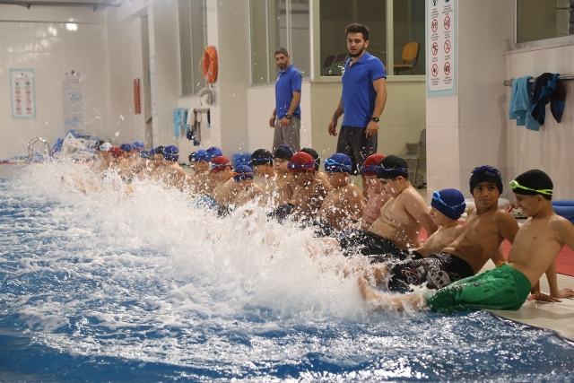 Kağıthane Belediyesi Yüzme Havuzu Kayıtları Başlıyor