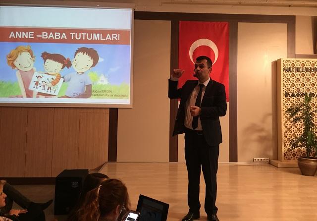 yazarimiz-erdogan-ergin-anne-baba-tutumlari-semineri-verdi