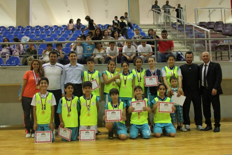 Ali Fuat Cebesoy Ortaokulu istanbul sampiyonu