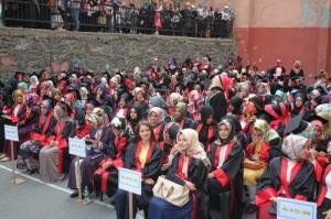 kaihl kız mezunlar
