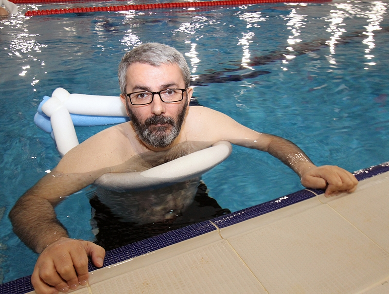 Şener Kesen Yahya Kemal Spor Kompleksi Yüzme Havuzu