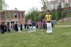 Yetim Çocuklar Kağıthane'de Buluştu